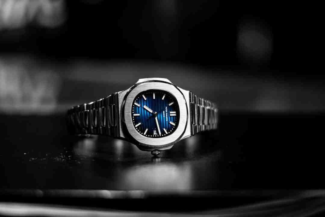Comment remonter une montre Kinetic ?